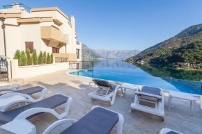 Отель Sunshine of Montenegro Apartments  Моринь