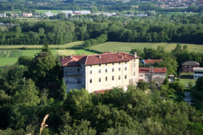 Отель B&B Castello di Camerletto  Казелетте