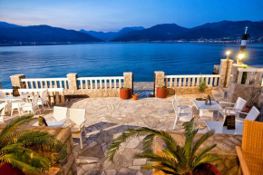 Отель Rooms & Apartments Villa Romantica  Тиват