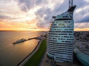 Отель Atlantic Hotel Sail City  Бремерхафен