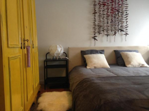 Гостиница Beautiful Private Room next to Lisbon - NEW  Пасу-Де-Аркуш
