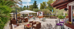 Отель Hotel Villa Adriatica - Adults Only  Супетар