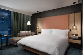 Hilton London Bankside  Лондон