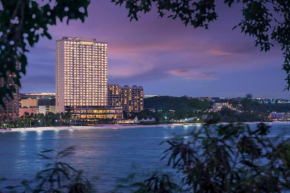 Dusit Thani Guam Resort  Тамунинг