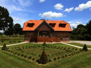 Отель Moslavačka Priča Holiday Homes  Малая Лудина