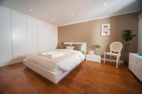 Гостиница Cosy Chiado Apartment  Лиссабон