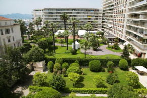 Отель JW Marriott Cannes  Канны