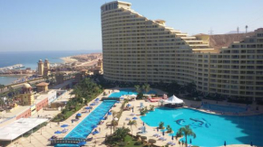 Гостиница Apartments at Pyramids Porto Sokhna (Families Only)  Айн-Сохна