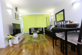 Отель Tideslea Riverview Apartment  Plumstead