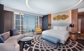 Отель DoubleTree by Hilton Dubai - Business Bay  Дубай