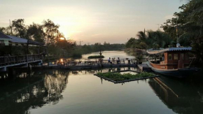Гостиница Country Lake View Hotel  Tha Phi Liang